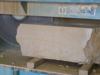 Marnhull block being cut on a Wells Wellcut saw